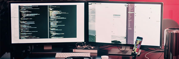 php-in-der-webentwicklung-schreibtisch
